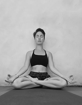 laura-dubois-yoga